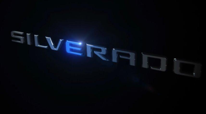 Электропикап Chevrolet e-Silverado сможет поворачивать всеми четырьмя колесами