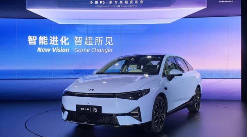 Цена электромобиля Xpeng P5 будет дешевле Tesla Model 3 на 36