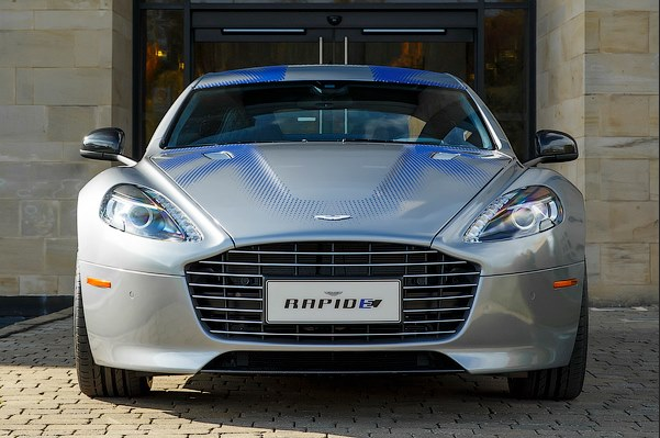 1000-HP Electric RapidE Aston Martin