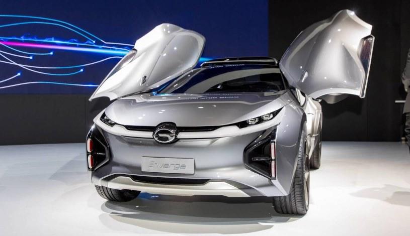 Китайский электромобиль GAC Enverge: VR вместо окон, беспроводная зарядка и 600 км дальнобойности
