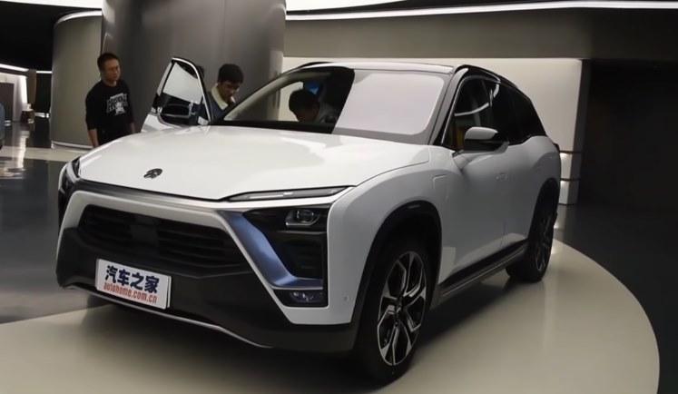 В продажу поступил китайский электрокар NIO ES8, цена - в 2 раза меньше Tesla Model X