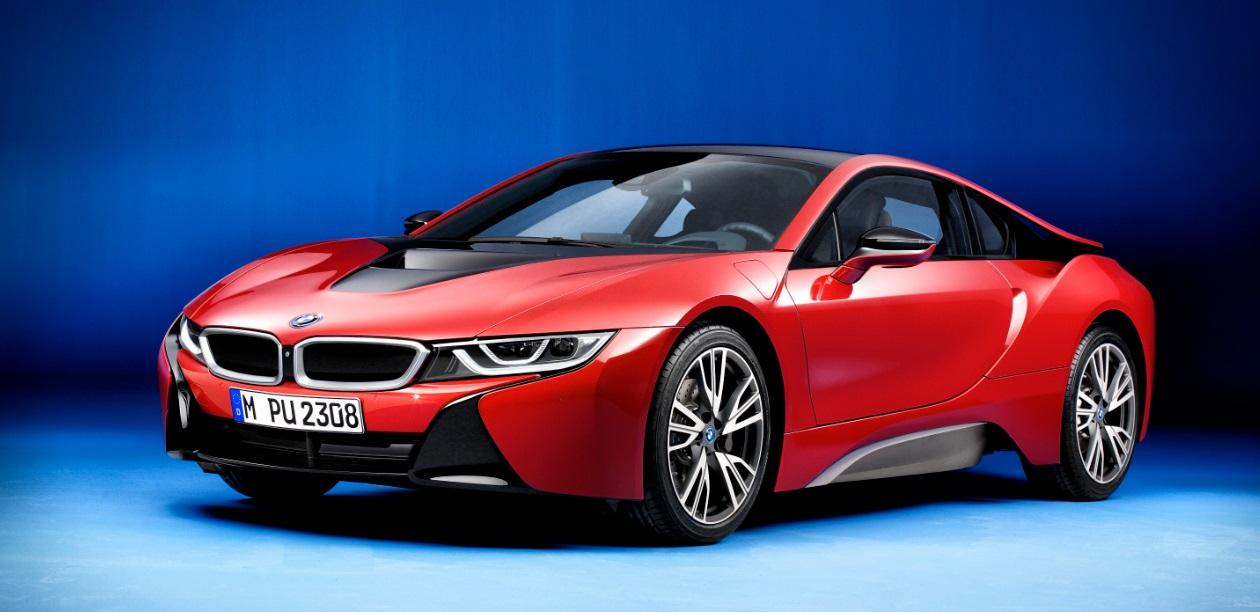 Гибридный спорткар BMW i8 Protonic Red Edition