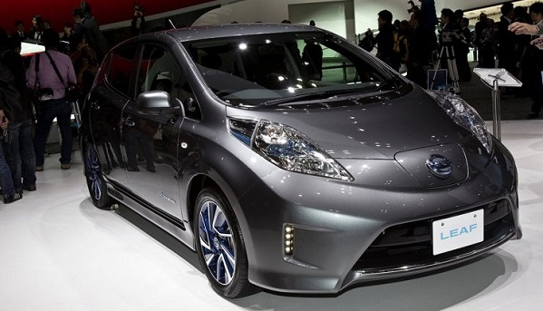 Новый Nissan Leaf 2016 с тяговой батареей 30 кВт тест
