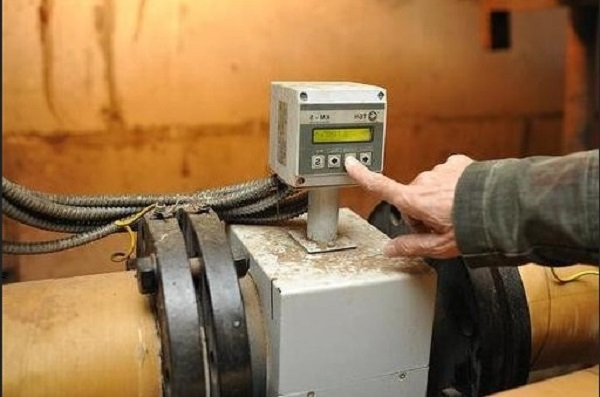Кто должен ставить общедомовые счетчики на отопление