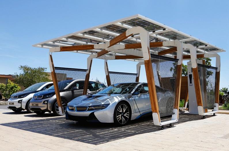 США бьет рекорды на рынке электрокаров и солнечной энергии
