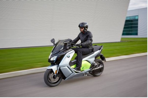 e-scooter new BMW C evolution – long range