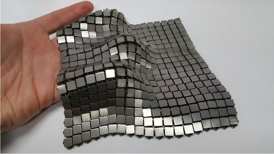 В NASA начали печать «космической ткани» из металла