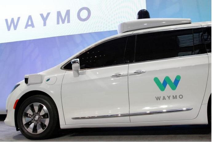 Waymo запустила испытания беспилотных грузовиков