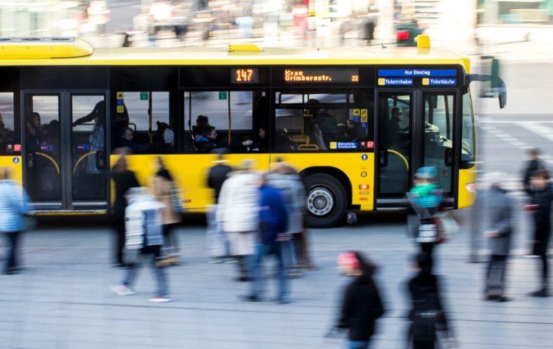 Общественный автобус в Берлине