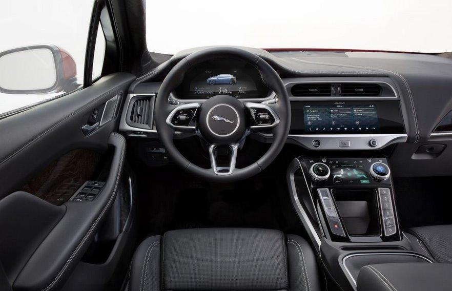 Салон электромобиля Jaguar