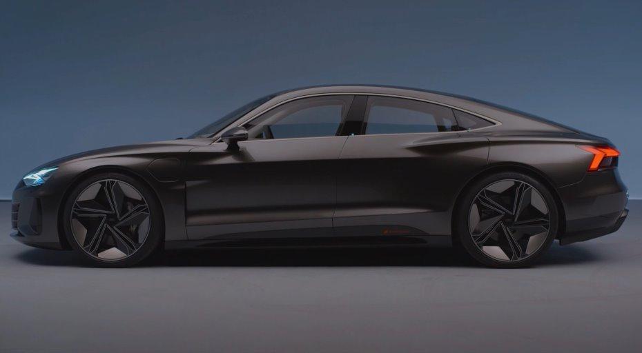 электромобиль Audi E Tron Gt дебютировал на La Auto Show видео