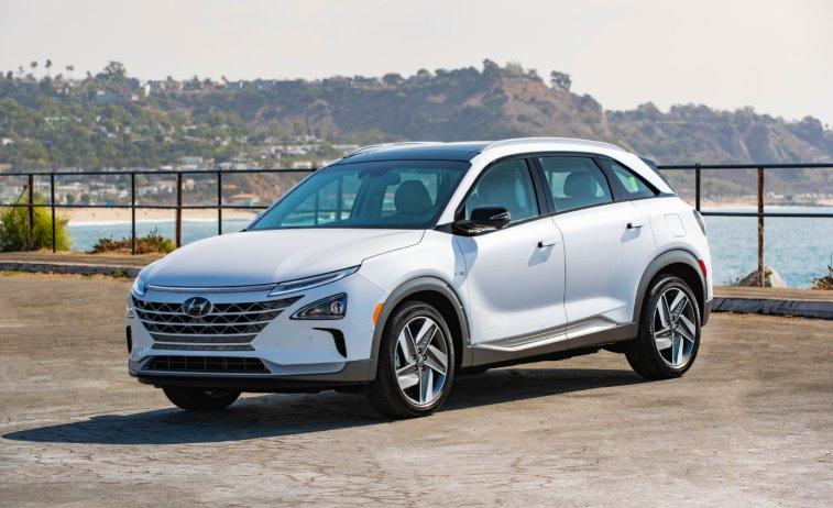 Водородный вседорожник Hyundai NEXO 2019 выходит в продажу