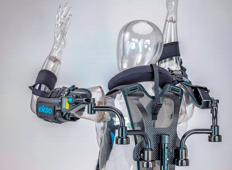 Ford внедряет костюм-экзоскелет EksoVest на всех заводах