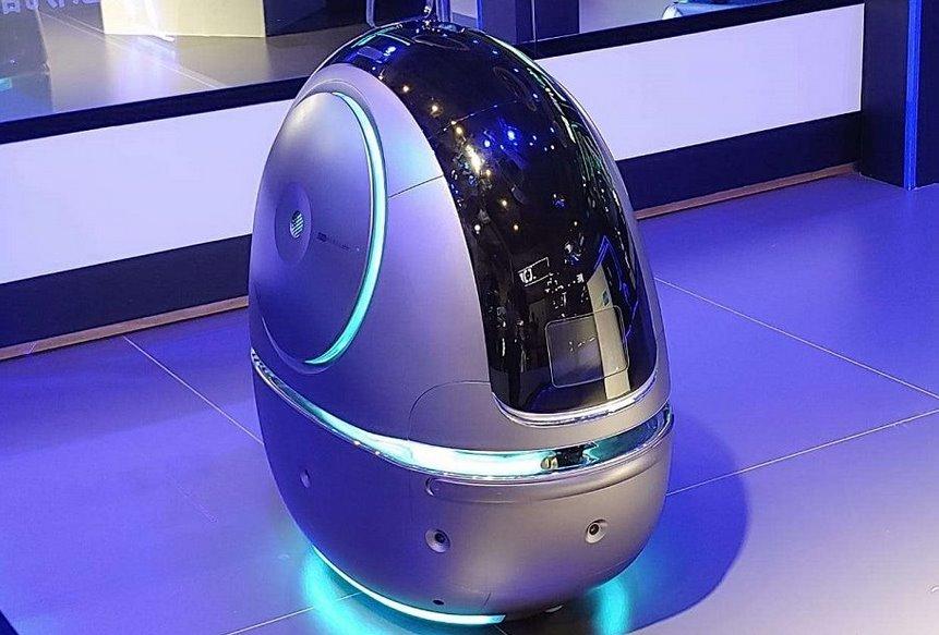 робот портье Space Egg от Alibaba выходит на работу в гостиницы